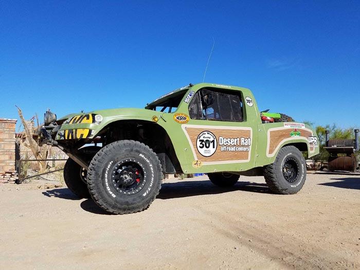 Team Desert Rat setting out in the Family Truckster themed entry.