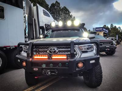 "Vision X Lighting - VISION X 30"" SHOCKER RACE LED BAR DUAL MODE WHITE LIGHT VECTOR AND AMBER PHOTON LIGHT PIPE W/ HARNESS - Image 4"